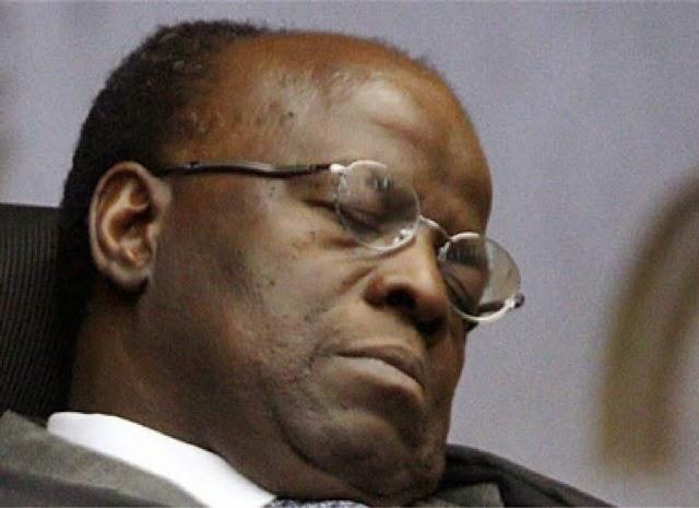 Quem vai denunciar o presidente do STF?